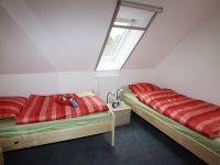 10-Doppelzimmer-im-Gaestehaus